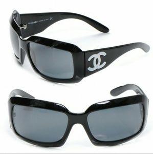 Chanel black mother-of-pearl CC logo sunglasses